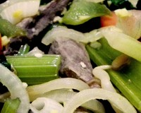 Canard et légumes sautés